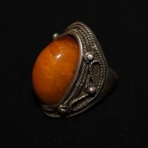 Vintage amber finer ring
